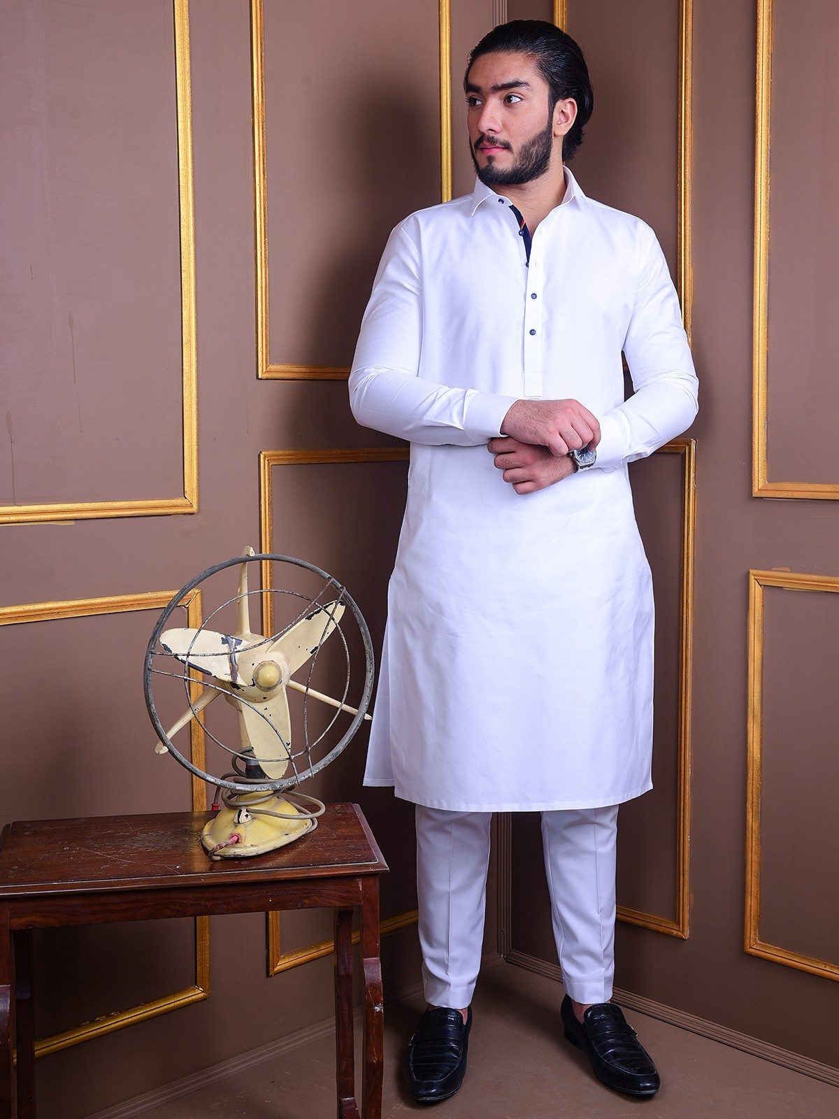 white-kurta-pajama-with-blue-lace-kp0003
